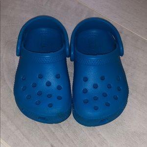 Baby crocs size 6